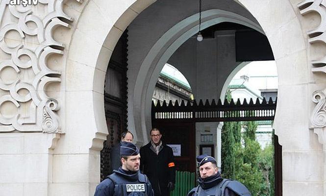 Fransa`da cami kapatıldı