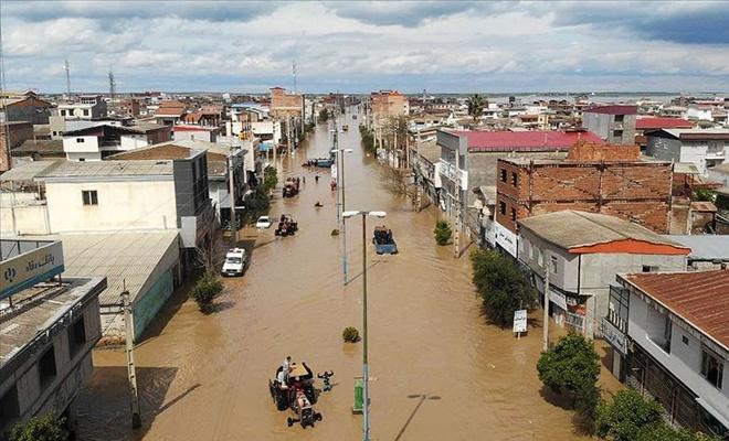 İran'daki sel felaketinde can kaybı 27'ye yükseldi