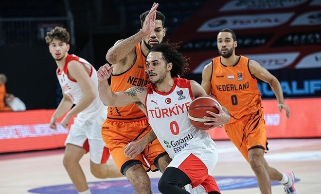 Türkiye A Milli Erkek Basketbol takımı Hollanda'yı mağlup etti