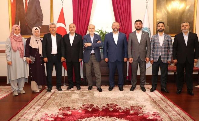 HÜDA PAR Genel Başkan Yardımcısı Abdullah Aslan'dan Darülacezeye bayram ziyareti