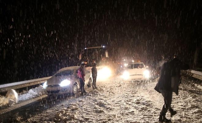 Sivas-Tokat karayolu trafiğe kapandı