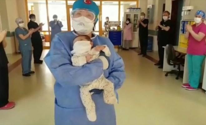 1,5 aylık bebek COVID-19'u yendi