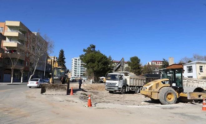 Adıyaman Belediyesi şehrin farklı noktalarında kavşak çalışmaları başlattı