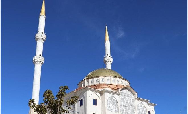 İzmir İl Müftülüğü, merkezi ezan sistemini geçici bir süreliğine kaldırıldığını duyurdu