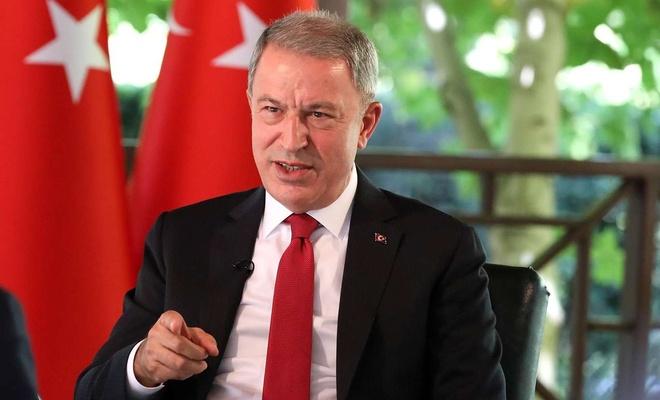 Bakan Akar'dan Cumhurbaşkanı Erdoğan'ı hedef alan Yunan gazetesine tepki
