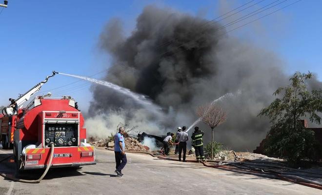 Gaziantep'teki büyük yangın yaklaşık 8 saatte söndürüldü