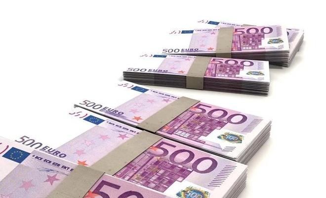 İki ülke euro bölgesine geçmeye hazırlanıyor