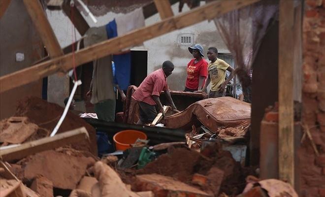 Kasırgada ölenlerin sayısı 700'ü geçti