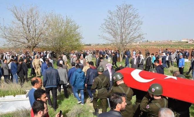 İntihar eden izinli asker Viranşehir'de defnedildi