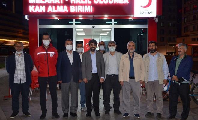 HÜDA PAR Diyarbakır İl Başkanlığından Kızılay'a kan bağışı