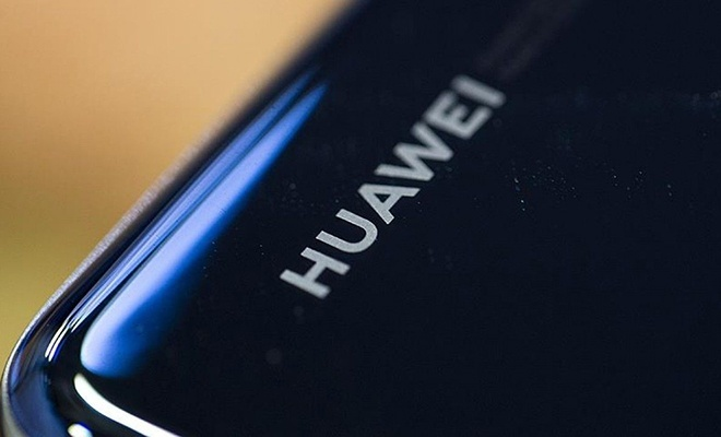 Huawei, Rus işletim sistemi için görüşmelere başlıyor