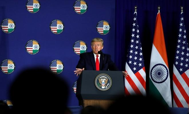 Trump: Koronavirüs aşısı piyasaya çıkacak