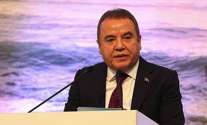 CHP'nin Antalya Büyük Şehir Belediyesi başkanı Muhittin Böcek yoğun bakımda...