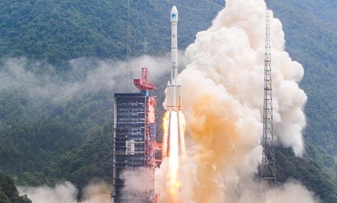 Çin iki navigasyon uydusu daha fırlattı