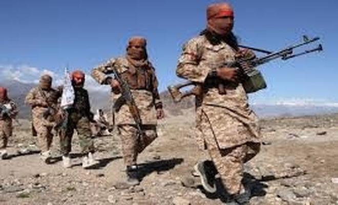 Taliban Afganistan'ın Tacikistan sınır kapısını ele geçirdi