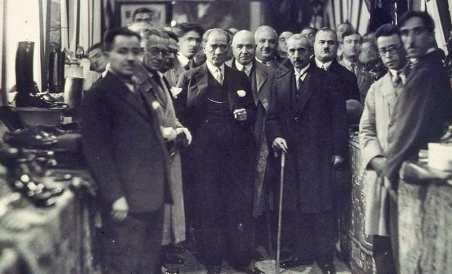 """93 yıl önce bugün: """"Devletin dini İslam'dır"""" Anayasa'dan çıkarıldı"""