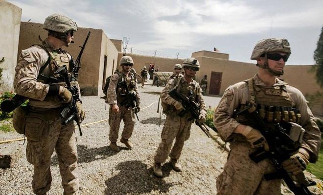 İşgalci ABD Afganistan'daki askerlerini çekmeye başladı