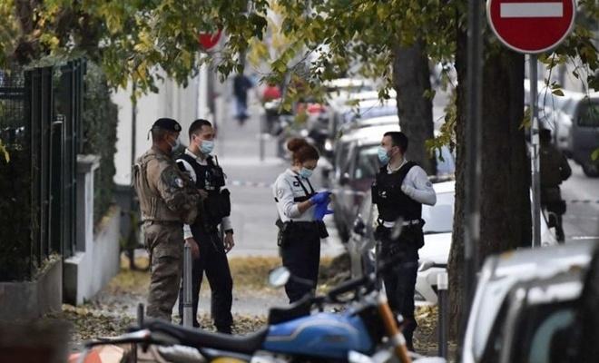 Fransa'da rahibe silahlı saldırı