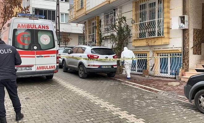Temizlik görevlisi sokakta kadın cesedi buldu