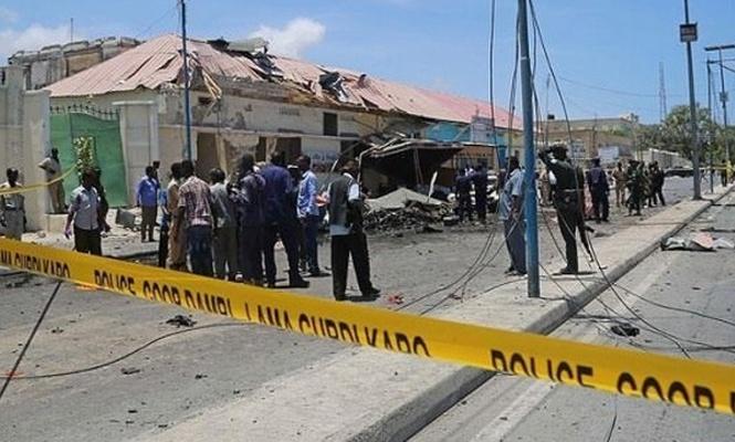 Somali`de 2 ayrı bombalı saldırı: 2 ölü