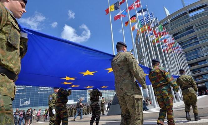 Avrupa ordu hayali kuruyor