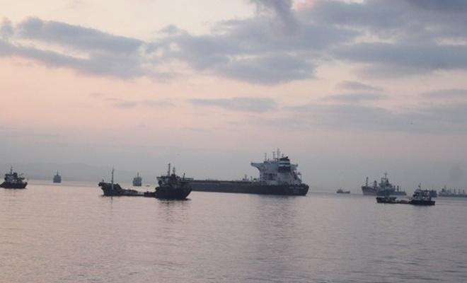 Liberya bandıralı iki Zeytinburnu'nda çarpıştı