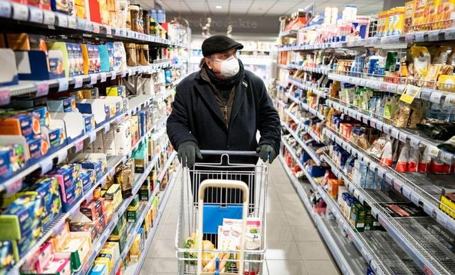 Marketlere ve toplu taşıma araçlarına yönelik koronavirüs tedbirleri artırıldı