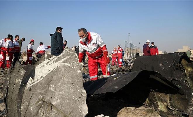 İran 2 füzeyle düşürdüğü yolcu uçağının karakutu bilgilerini paylaştı