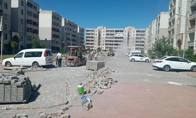 Şanlıurfa'da yol onarım ve parke çalışmasına başlandı