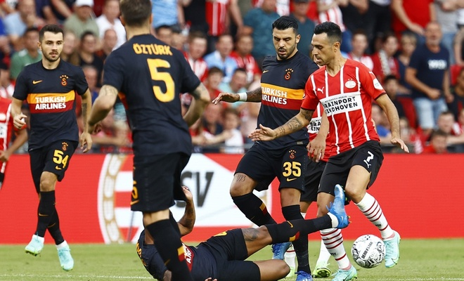 PSV Galatasaray'ı ezdi geçti