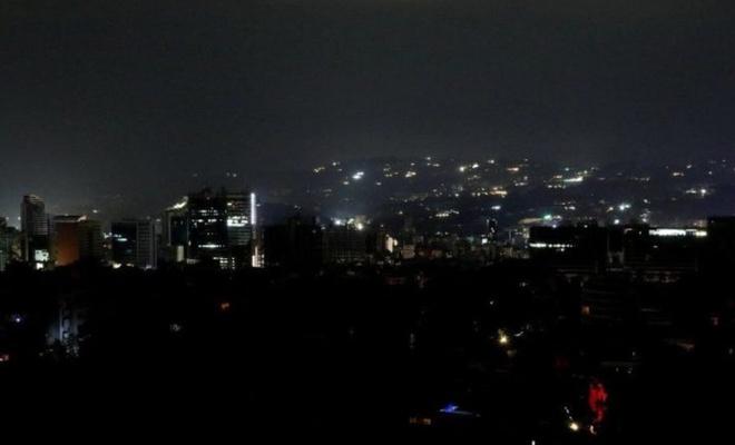 Venezuela'da elektrik kesintisi nedeniyle resmi tatil uzatıldı
