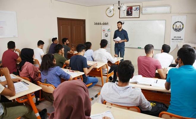 Bilgi Evi öğrencileri geleceğe hazırlanıyor