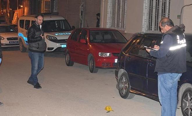 Malatya'da bıçaklı kavga: 2 yaralı
