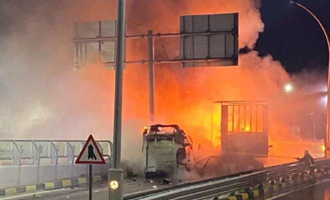 Alev alev yanan tırın şoförü sağ kurtuldu