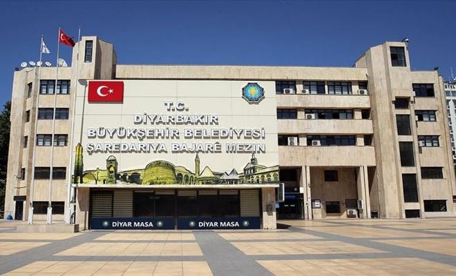 Diyarbakır Büyükşehir Belediyesinden üniversite öğrencilerine burs