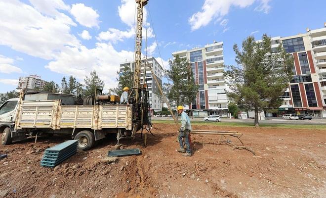 Diyarbakır Büyükşehir Belediyesi, tramvay projesinde zemin etüt çalışmalarına başladı