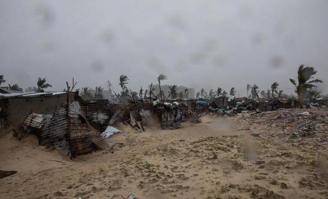 Eloise Kasırgası 176 bin kişiyi etkiledi