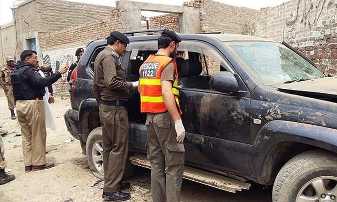 Pakistan`da iki milletvekili adayı daha saldırıya uğradı