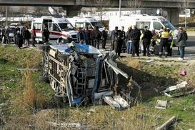 Ankara-İstanbul yolunda feci kaza, 17 yaralı var