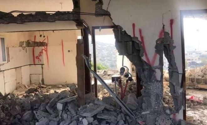 Zionist regime razes mosque in West Bank