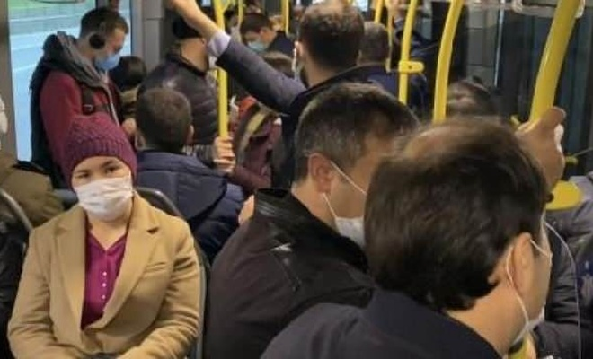 Haftanın ilk iş gününde metrobüste yoğunluk