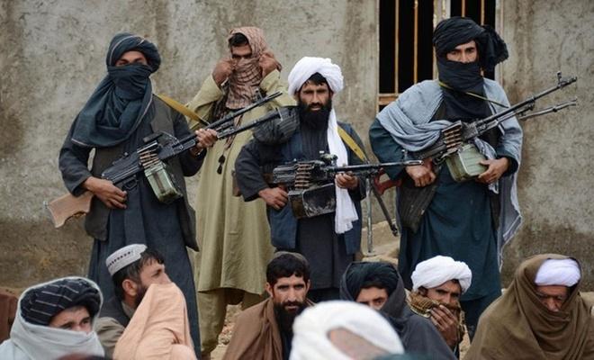"""""""Trump Taliban ile anlaşmayı onayladı, ABD Afganistan'dan çekiliyor"""""""