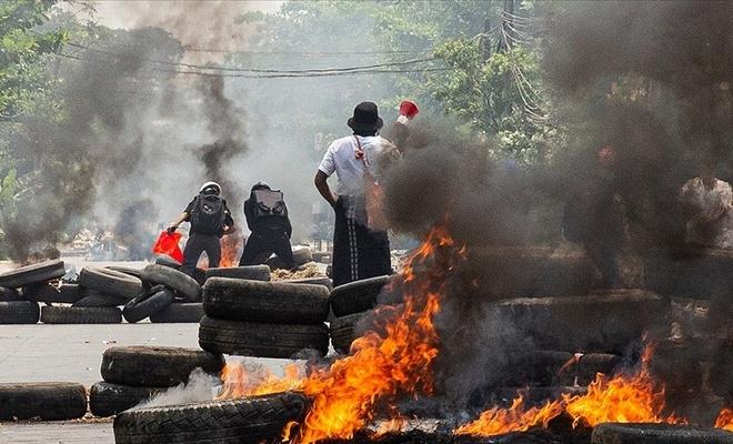 Myanmar'da ölü sayısı 581'e yükseldi!