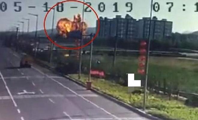 Çin'de savaş uçağı yerleşim alanına düştü