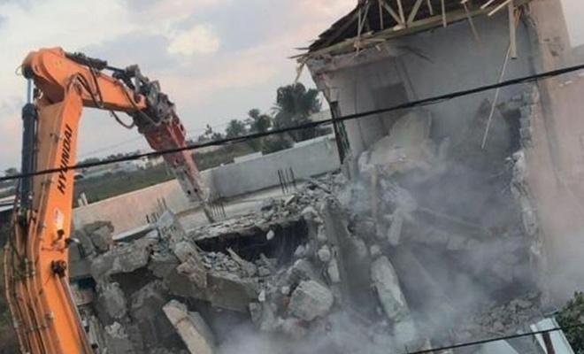 Zionist occupation gangs raze Palestinian home in Masafer Yatta