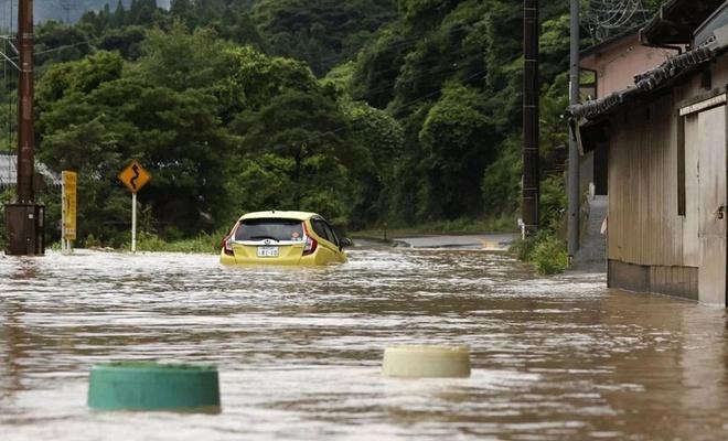 Japonya'nın güneyinde sel: 40 kişi hayatını kaybetti!
