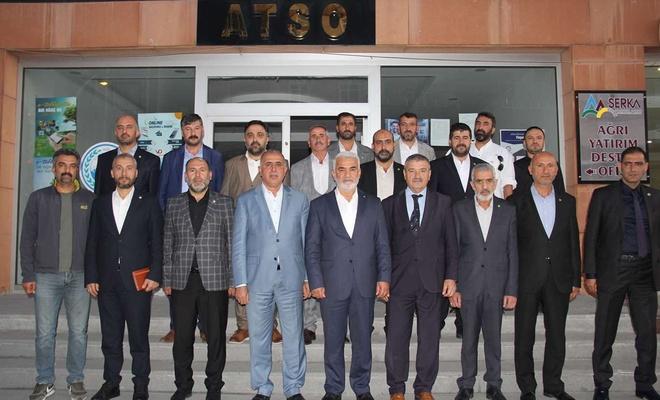HÜDA PAR Genel Başkanı Yapıcıoğlu Ağrı'da ziyaretlerde bulundu