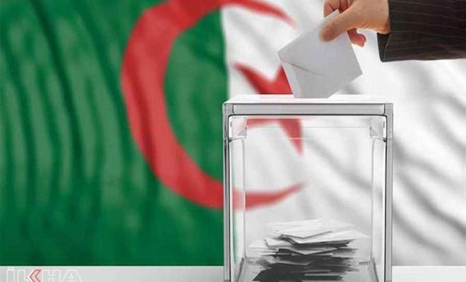 Cezayir'de seçimleri Ulusal Kurtuluş Cephesi kazandı