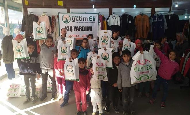 Avrupa Yetim Eli'nden kışlık giyim desteği