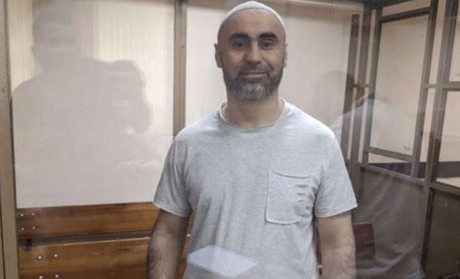 Kırım Tatarı Kantemirov, namaz kıldığı için hücre cezasına gönderildi